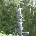 Kuldiga-fasisma-upuru-piemineklis-4